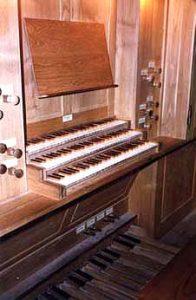 Console de l'orgue de St Jean à Corbeil Essonnes